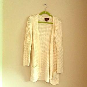 Stitch fix white knitted cardigan